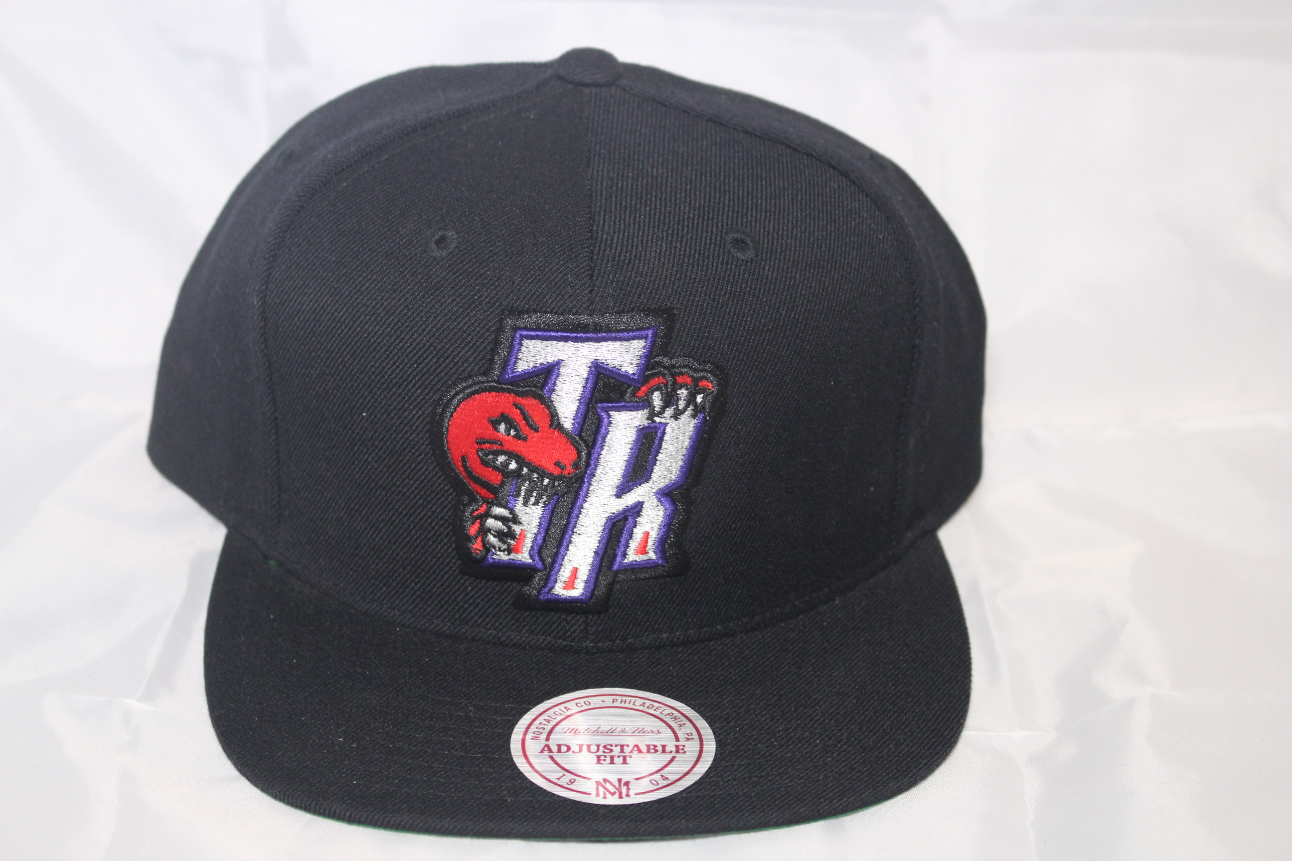 new cheap release info on many fashionable Toronto Raptors NBA Team Solid Mitchell and Ness Snapback HWC cap
